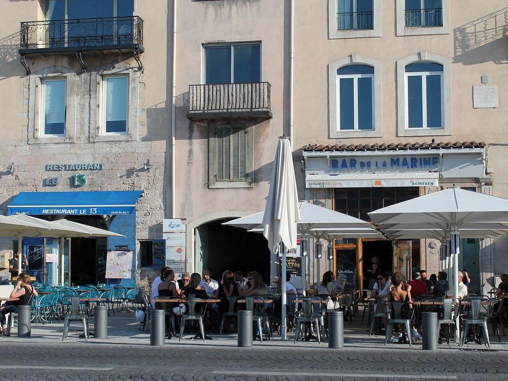 bar vieux port